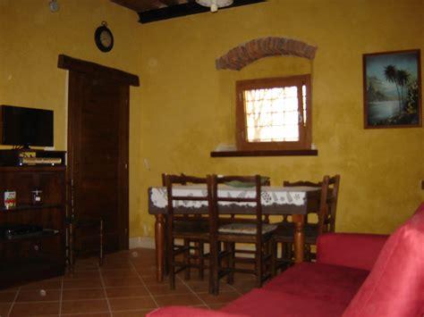 casa vacanze lucca casa vacanza cagna toscana gallicano lucca albatrello
