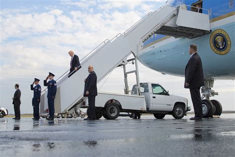 all aboard the air one president takes his ride on air one