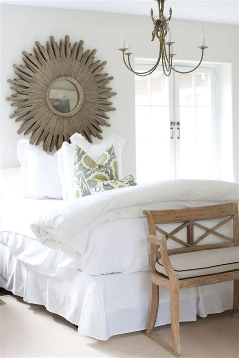 mirror above headboard 25 best ideas about mirror headboard on pinterest rug