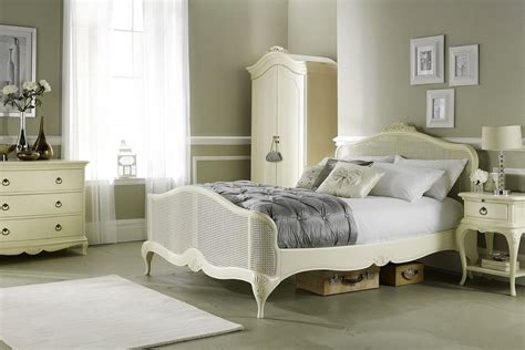 ivory bedroom furniture bedroom willis gambier