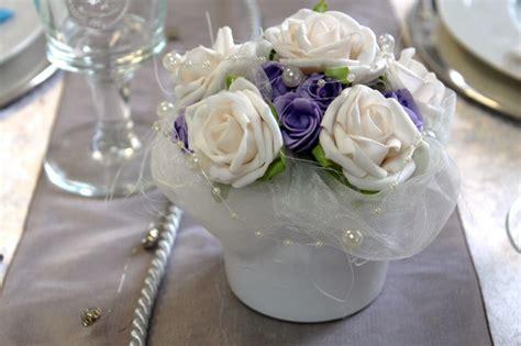 Tischdeko Hochzeit Lila Creme by Gesteck Creme Flieder Blumengesteck Blument 246 Pfchen