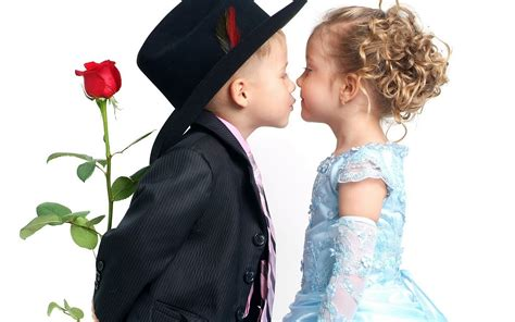 wallpaper girl and boy download boy and girl wallpapers and images wallpapers pictures