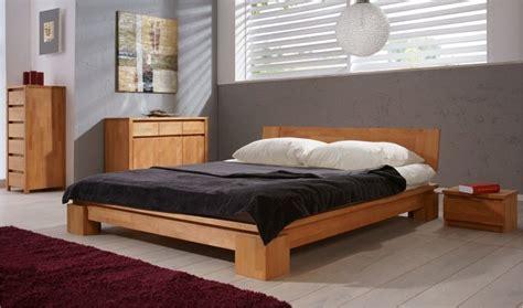 chambre bébé en bois massif lit en bois massif vinci chambre coucher adulte