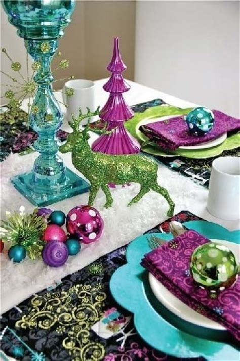colorful christmas tabletop decor ideas white red
