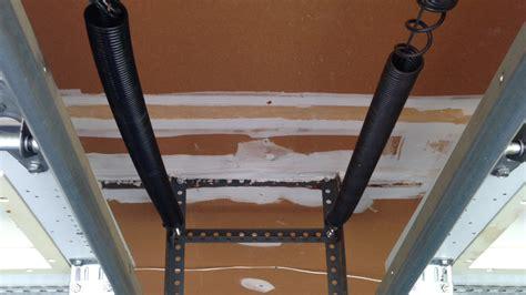 How To Fix A Bent Garage Door by How To Fix Bent Garage Door Track 28 Images Garage