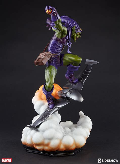 Green Goblin Figure Marvel marvel green goblin premium format tm figure by sideshow co sideshow collectibles