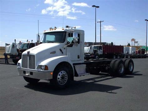 kenworth chassis for sale 2006 kenworth cab chassis trucks for sale used trucks on