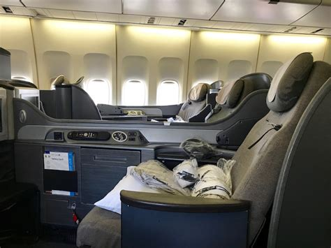 boeing 747 cabin united airlines boeing 747 class in 10 pictures