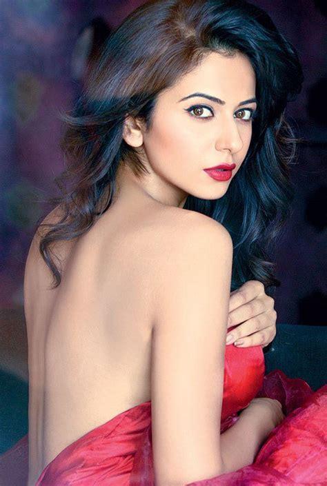 Hot Sexiest Photos Rakul Preet Singh Bikini Pics