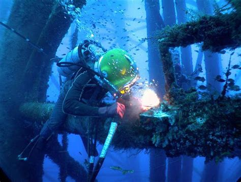 underwater welding welding is beautiful