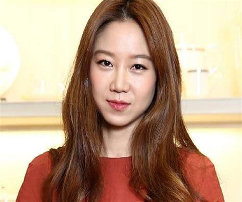 korean actress gong hyo jin gong hyo jin biography facts childhood family life of