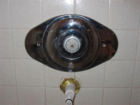 bathtub faceplate removing delta bathtub shower single handle faceplate