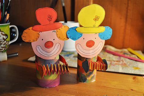 einfache le basteln mit kleinkindern clowns bilder familie de