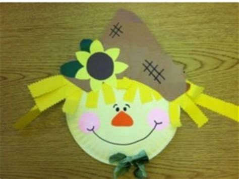 Scarecrow Paper Plate Craft - scarecrow craft idea for crafts and worksheets for