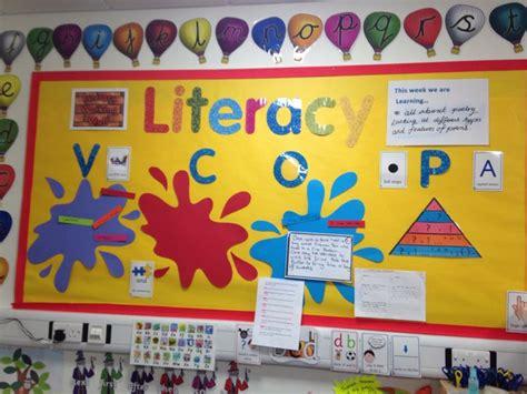 literacy themes ks2 literacy working wall yr 1 2 classroom ideas pinterest
