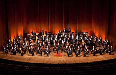 Houston Symphony Pops A Merry Pops by Houston Symphony Tour Dates 2016 2017 Concert Images