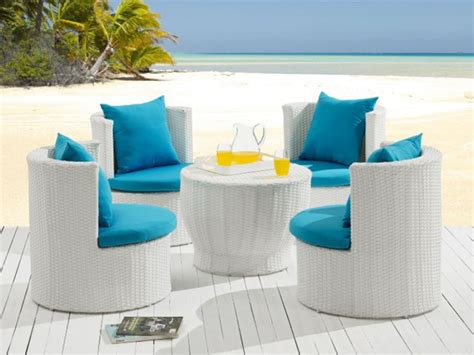 table de jardin resine blanche salon de jardin sao paulo en r 233 sine tress 233 e blanche une table et 4 fauteuils jardin salon