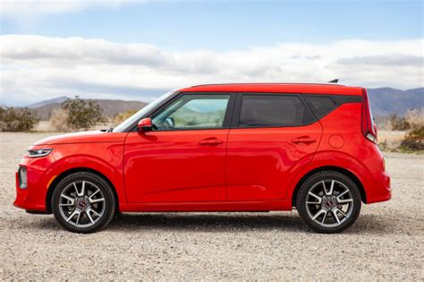 Kia 2020 Review by 2020 Kia Soul Review Ratings Specs Prices And Photos