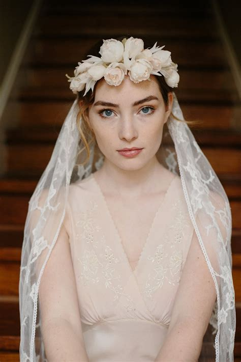 wedding hairstyles with crown and veil bridal flower crown veil chic vintage brides