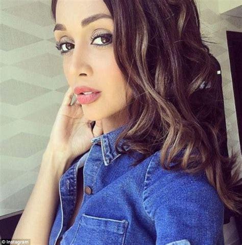 iran hair model iran arrests eight in crackdown on instagram modelling