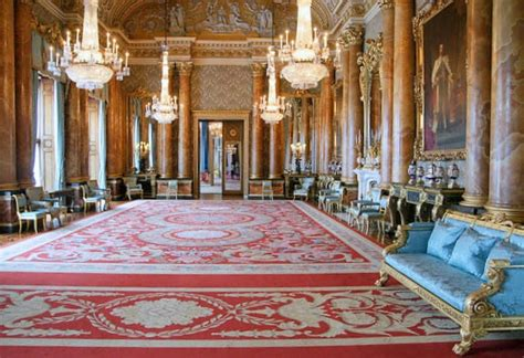 buckingham palace state rooms the blue drawing room which had a carpet but blue furniture yelp