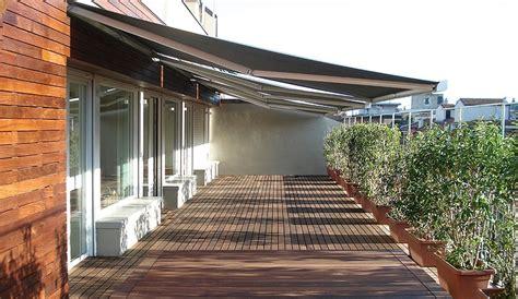 tende da sole e pioggia per balconi guida completa sulle tende da sole per esterni
