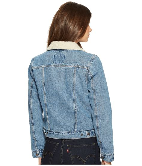 Levis Womens Trucker Jacket Original levi s 174 womens original sherpa trucker jacket at zappos