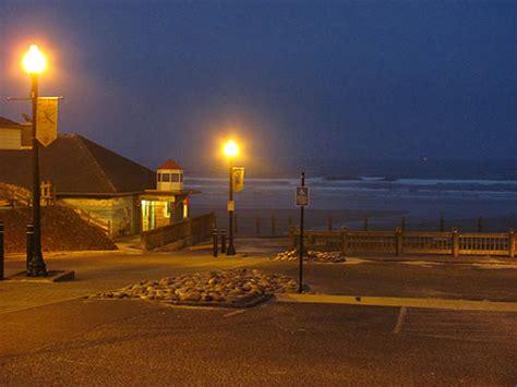 Murder In Newport oregon coast aquarium and nye together on murder