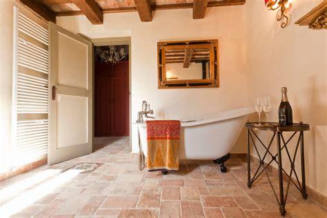 bagni rustici rivestimenti edilbook ristrutturazioni un tocco rustico al tuo bagno
