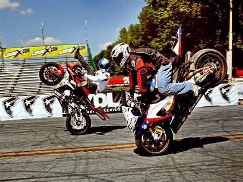 Motorrad Stunts by Stunt Bike Riders Are Motorcycles Fly Motorrad