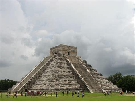 imagenes de monumentos mayas fotos gratis monumento pir 225 mide punto de referencia