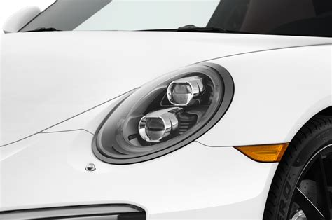 porsche headlights at preaching for the wassergek 252 hlt in a 2017 porsche 911