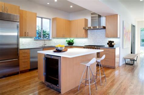 pictures of small kitchen islands how to design a beautiful and functional kitchen island
