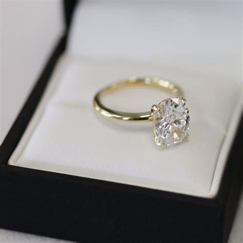 Oval Engagement Rings by Oval Engagement Rings