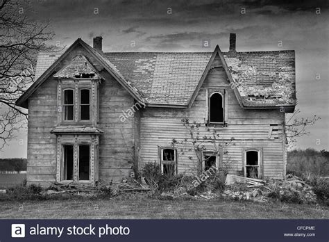 buy house in ontario an old abandoned house in southern ontario canada stock photo royalty free image