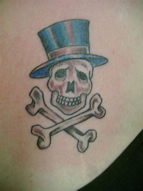 skull and bones tattoo skull and cross bones by toast79 on deviantart
