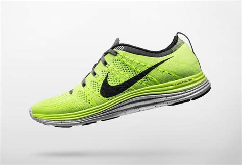 nike running shoes review nike flyknit lunar 1 running shoe review ruin your knees