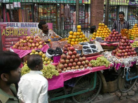 fruit vendor file kolkata fruit vendor jpg wikimedia commons