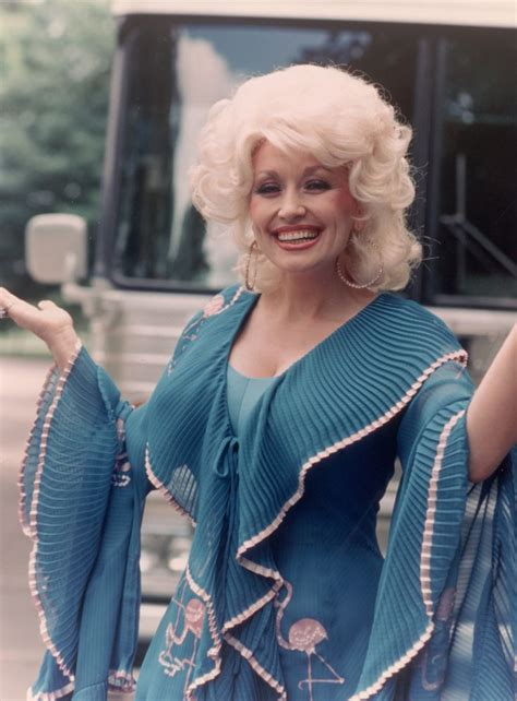 Dolly Parton Is A Backwoods by 1000 Ideas About Country Singers On Country