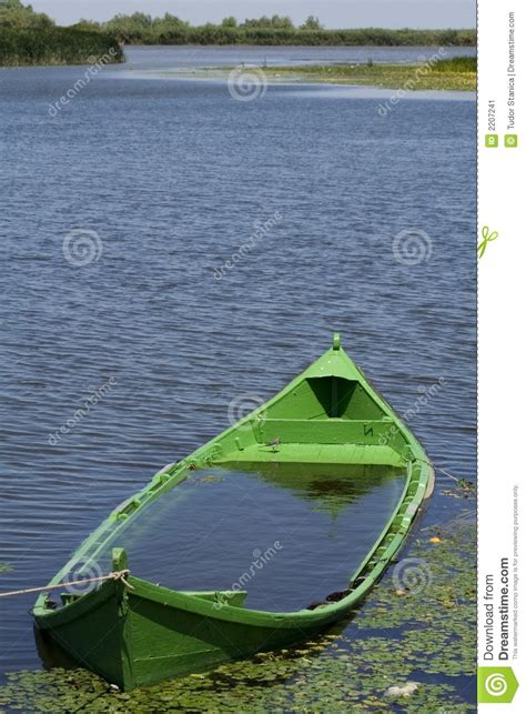 boat sinking in your dream sinking boat stock image image 2207241