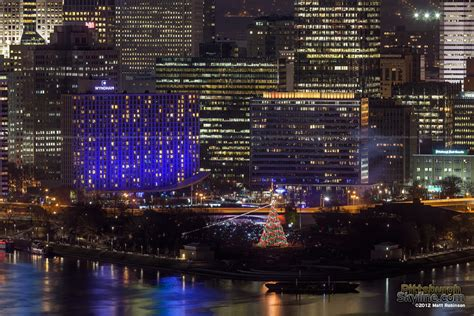 light the night pittsburgh pittsburgh light up night 2012 pittsburghskyline com
