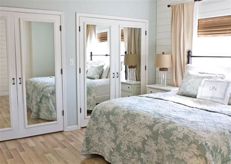 mirror closet doors for bedrooms give some pizzazz to your closet doors