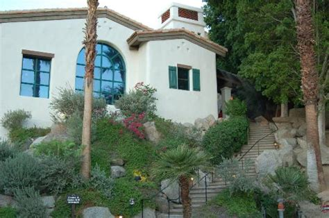 cliff house la quinta the 10 best restaurants near the chateau at lake la quinta