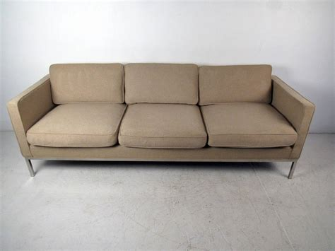 mid century modern sofa in the style of knoll for sale at