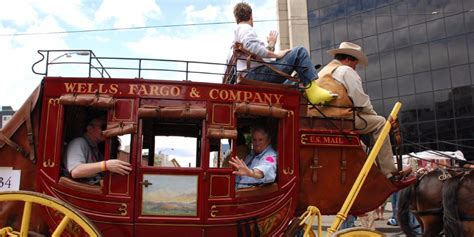 wells fargo planned  disclose car loan issues