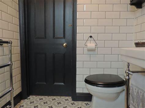 bathroom skirting ideas best 25 black toilet ideas on pinterest toilet ideas