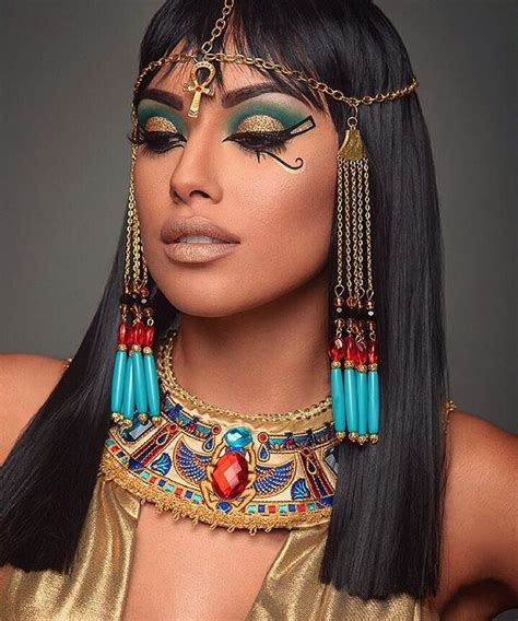 best ideas for looking the 10 best ideas about cleopatra makeup on