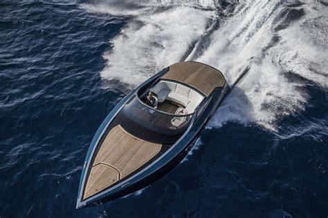 aston martin boat 2017 aston martin am37 powerboat hiconsumption