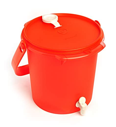 Dispenser Tupperware tupperware ballony plastic 5000 ml water dispenser by tupperware jugs flasks