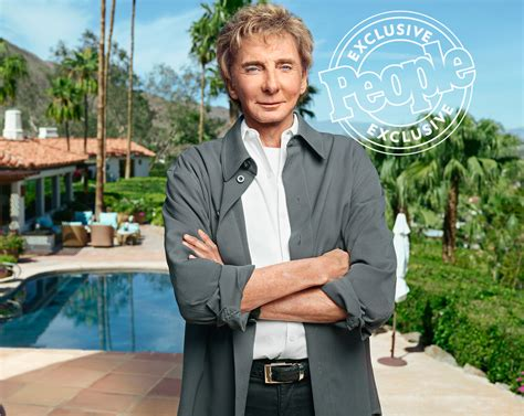 barry manilow fan barry manilow didn t come out for decades feared